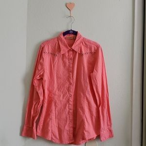 WRANGLER || pink button up shirt